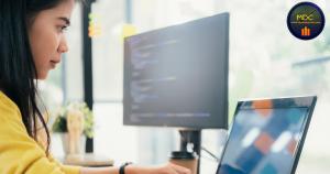 asian woman programmer